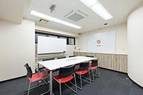 8名の個室商談室